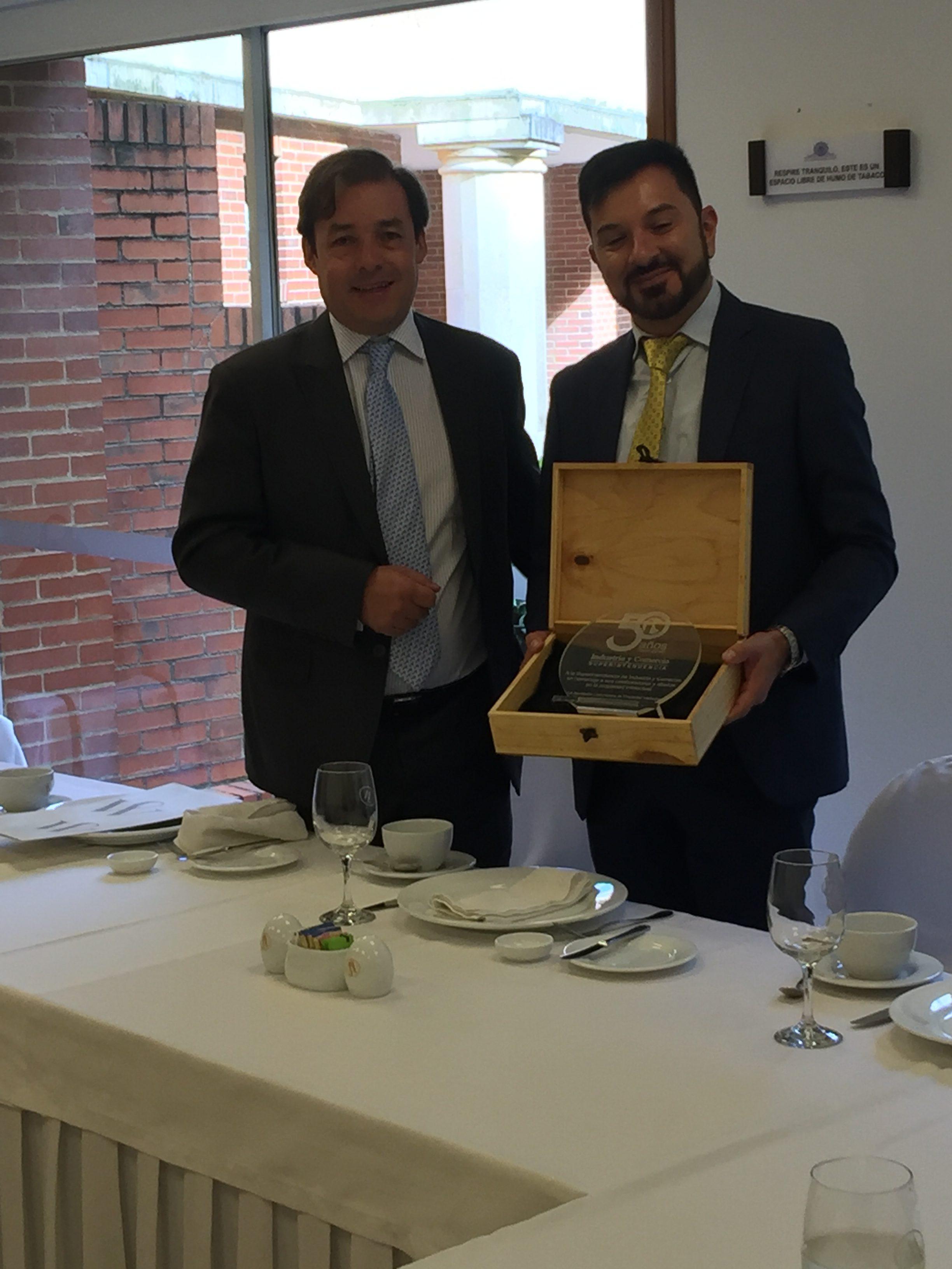 Reunión de la Junta Directiva de ACPI con el Dr. Iván Pinzón Superintendente Delegado para la Propiedad Industrial